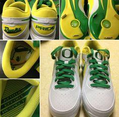 Nike Air MVP Oregon Ducks Softball Shoe