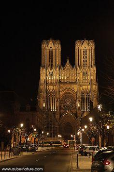 Cathédrale de Reims de nuit