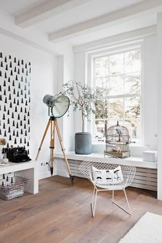 Een olijfboom in je woonkamer -A Library Converted Into A Charming Scandinavian House | DigsDigs-