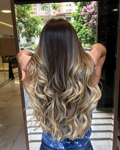 Ombre#cabelosdivos #ombrehairstyle #blondhair #schwarskopfprofessional #blondhair#ombre#