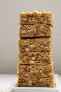 Brown Butter Blondies up the blondies ante with nutty, delicious brown butter, toffee, and nuts. - Bake or Break