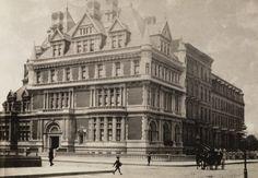 vanderbilt brownstone   The Gilded Age Era: The Cornelius Vanderbilt II Mansion, New York City