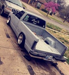#Chevy_S10 #Slammed #Stance #Static #MiniTruck Bagged Trucks, Mini Trucks, Cool Trucks, Cool Cars, Chevy S10, C10 Chevy Truck, S10 Pickup, Pickup Trucks, Lowriders Cars