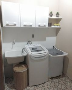 Lavanderia pequena: 76 dicas e inspirações bem organizadas (FOTOS) Outdoor Laundry Rooms, Small Laundry Rooms, Laundry Area, Diy Kitchen Decor, Interior Design Kitchen, Small Room Bedroom, Home Decor Bedroom, Hanging Clothes Drying Rack, Laundry Room Design