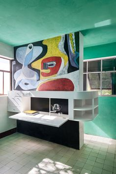 1000 images about eileen gray on pinterest eileen gray villas and le corbusier. Black Bedroom Furniture Sets. Home Design Ideas