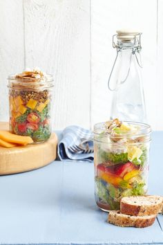 Meet your goal to eat more fruits and veggies with this filling lunch salad that includes a full serving of both. All in just 15 minutes! Bright sliced strawberries and sweet peppers create the colorful, healthful middle layer in this easy, healthy brown bag lunch idea. #lunchrecipes #lunchideas #easylunchideas #bhg Chicken Egg Salad, Crab Pasta Salad, Meat Salad, Pasta Salad Recipes, Chicken Eggs, Healthy Packed Lunches, Healthy Salads, Easy Healthy Recipes, Quick Easy Meals