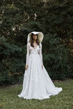 GRACE LOVES LACE Bridal Directory Profile on LOVE FIND CO.