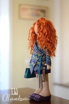 Авторская кукла Татьяны Александровой: TATIANA Оригинальная идея принадлежит Татьяне Коннэ. Рост куклы 46см., тело выполнено из кукольного трикотажа, наполнитель — холлофайбер, волосы - синтетически...