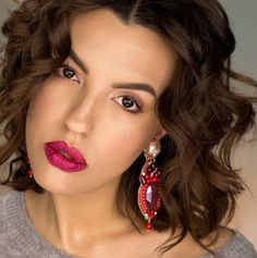 Vernis Semi Permanent, Makati, Matte Lipstick, Milano, Drop Earrings, Metal, Jewelry, Instagram, Eyeshadow Palette