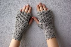 Fingerless gloves dragon egg pattern mittens Khaleesi arm warmers spring accessory - smoky beige neutral by mareshop on Etsy https://www.etsy.com/listing/93746720/fingerless-gloves-dragon-egg-pattern