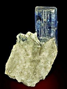Minerals, Amethyst, Gems, Switzerland, Texture, Crystals, Jehovah, Crafts, Crystals Minerals
