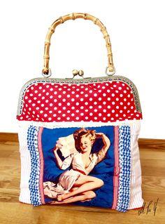 Bolso modelo Pin Up Girl, estilo retro, diseño exclusivo by Hadas. Ya disponible en la web: www.hadaspinup.com #bolso #retro #pinup