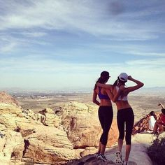 hiking with a friend #fitspo