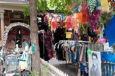 Kensington Market - Top 10 things to do in Toronto- fab place Toronto Vacation, Toronto Travel, Toronto Photography, Photography Tours, Montreal, Canada Eh, Canada Ontario, Fort Drum, Canada Travel