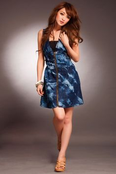 Plunging V-neck Zipper-up Denim Dress