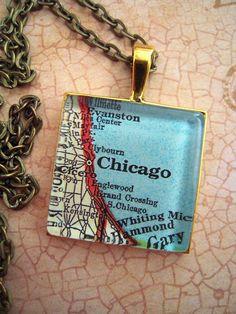 Vintage CHICAGO Illinois Glass Map Pendant Necklace