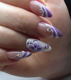 53 Best Floral Nail Art Designs - Page 22 of 53 - BeEnjoy Nail Art Violet, Purple Nail Art, Floral Nail Art, Beautiful Nail Designs, Beautiful Nail Art, Cute Nails, Pretty Nails, Nagel Blog, Stylish Nails