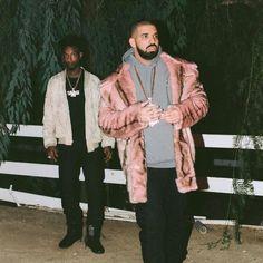 "Drake's meme-worthy ""Sneakin'"" pink fur coat.c"