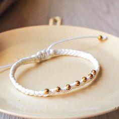 【白色皇冠】衝浪繩編織手環[綠綠亞]