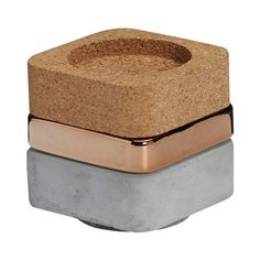 Kaarsenhouder gestapeld koper. Een trendy opstapelbare kaarsenhouder, opgebouwd uit verschillende materialen en kleuren. #intratuin