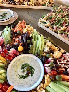 Rue, Cobb Salad, Paris, Food, Small Horse Barns, Montmartre Paris, Essen, Paris France, Meals