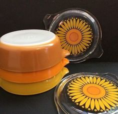Pyrex-Lot-Vtg-Sunflower-Set-Nesting-Cinderella-Bowl-Lids-471-472-473-Pint-Quart