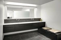 Savne kitchen make beautiful bathrooms