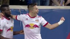 #MLS  GOAL: Alex Muyl taps in the opener from inside the six-yard box
