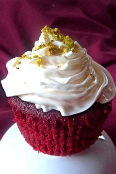 Red Velvet Cupcakes, Dairy-free, Egg-free, Plant-based, Oil-free
