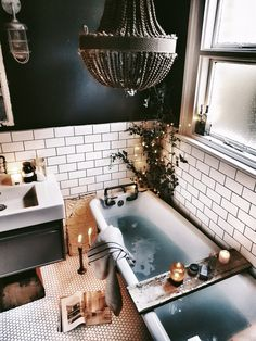 Bathroom Decor Bathroom Inspiration : malmo_and_moss Badezimmer Inspiration: malmo_and_moss New Bathroom Ideas, Bathroom Goals, Bathroom Interior, Bathroom Inspiration, Small Bathroom, Cozy Bathroom, Bathroom Designs, Bathroom Mirrors, White Bathroom
