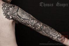 Google Image Result for http://thomashooper.files.wordpress.com/2011/09/jesse-acanthus-art-forms-in-nature-sleeve-tattoo-008-september-21-2011.jpg