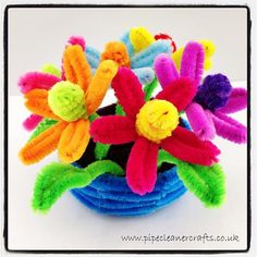Pipe Cleaner Crafts for Kids   PIPE CLEANER CRAFTS - PIPE CLEANER FLOWERS