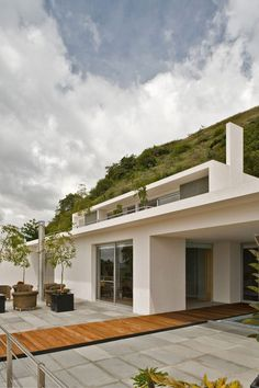 Striking Four-Level Modern Mountain Home in Jalisco, Mexico
