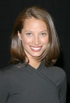 Christy Turlington during Christy Turlington signs copies of 'Living Yoga' at Barnes Noble in New York City New York United States Christy Turlington, Cut Her Hair, Hair Cuts, Carrie, Charlotte, 90s Models, New Haircuts, Hair Today, Mannequins