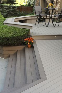 Shine On: Lighting That Will Enhance Your Deck Lighting can extend the use and pleasure of an outdoor deck, increase safety and security and make the space more attractive and inviting. Stone Patio Designs, Patio Deck Designs, Deck Colors, Decking Colours Ideas, Building A Porch, Deck Stairs, Diy Deck, House With Porch, Deck Ideas Front Of House