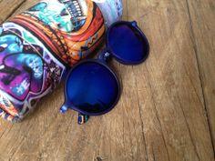 Las nuevas gafas de Eugenia Silva, modelo SEEN en color 50 (azul klein). Podéis encontrar las gafas en nuestra tienda online aquí: http://41eyewear.com/coleccion/sol/seen/FO15010