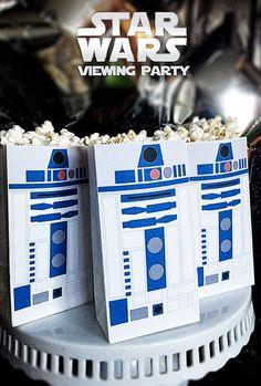 Vous avez vule dernier film de StarWars? Les chances sont très bonnes que oui puisque cenouveau Star Wars est le film aux plus grosses recettes de l'histoire de Disneyen Amérique du Nord Nous on nel'a pas vu encore, mais comme les personnages sont partout, mes enfants lesadorent sans trop connaître l'histoire! Ça m'a donné l'idée […]