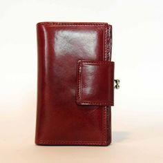 QUATTRODUEZERO Shop now --> http://mark-me.com/shop/woman-wallet/quattroduezero/