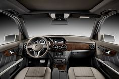 Mercedes-Benz GLK (post facelift).
