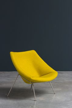Paulin Pierre Oyster F156 lounge chair Artifort | http://www.furniture-love.com/vintage/furniture/ | From selection of important 20th century modern furniture.