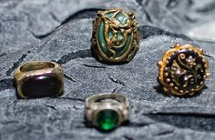 Jack Sparrow's Rings from Pirates of the Caribbean: Curse of the Black Pearl, Dead Man's Chest and At World's End Jack Sparrow Cosplay, Jack Sparrow Costume, Jack Sparrow Rings, Charles Vane, Golden Age Of Piracy, Golden Ring, Pirate Life, Fandom Outfits, Wolf Tattoos