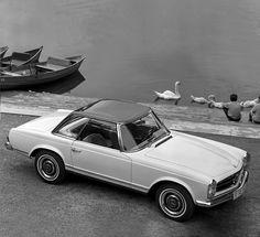 SL: Die Tradition eleganter Sportlichkeit. - Mercedes-Benz International