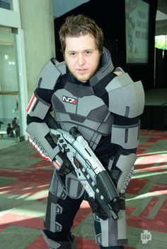 Awesome Mass Effect Cosplay! Thanks to G4! Video Game Cosplay Photos: FanimeCon 2012