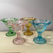 Set of 4 CIRCLEWARE Pastel Glass Tulip ICE CREAM SUNDAE Dessert Cup Bowl Dish