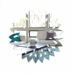 Akrylové zrkadlo vo vzore kvetu Table, Furniture, Home Decor, Decoration Home, Room Decor, Tables, Home Furnishings, Home Interior Design, Desk