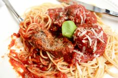 Guest Post: Lauren's Meatballs and Sauce | Witty in the City
