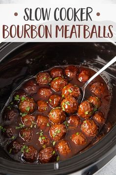 meatball recipes These Slow Cooker Bourbon Meatballs will be the hit of your next gathering. This recipe is basically effortless and requires only 5 minutes of prep time - let your crockpot do the work! Meat Recipes, Slow Cooker Recipes, Appetizer Recipes, Cooking Recipes, Bourbon Recipes, Recipe For Bourbon Chicken, Crock Pot Appetizers, Easy Party Appetizers, Irish Appetizers