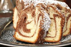 Streusel Bundt Coffee Cake | The Cooking Mom