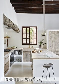 Ein Stadthaus gen Mallorca solange bis Haus Majorque one Küchen Design, Design Case, House Design, Interior Design, Ibiza Style Interior, Rustic Kitchen, Kitchen Decor, Design Kitchen, Kitchen Hacks