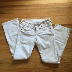 True Religion White Jeans White True Religion Jeans. Excellent Condition! True Religion Jeans Boot Cut